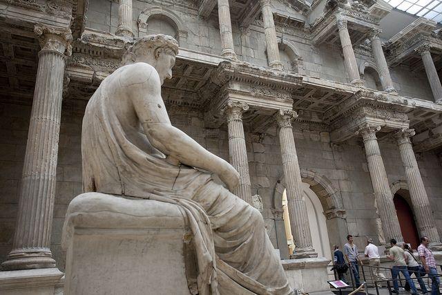 Pergamonmuseum 1 Pergamon Museum Berlin Pergamon Museum Greek Statue