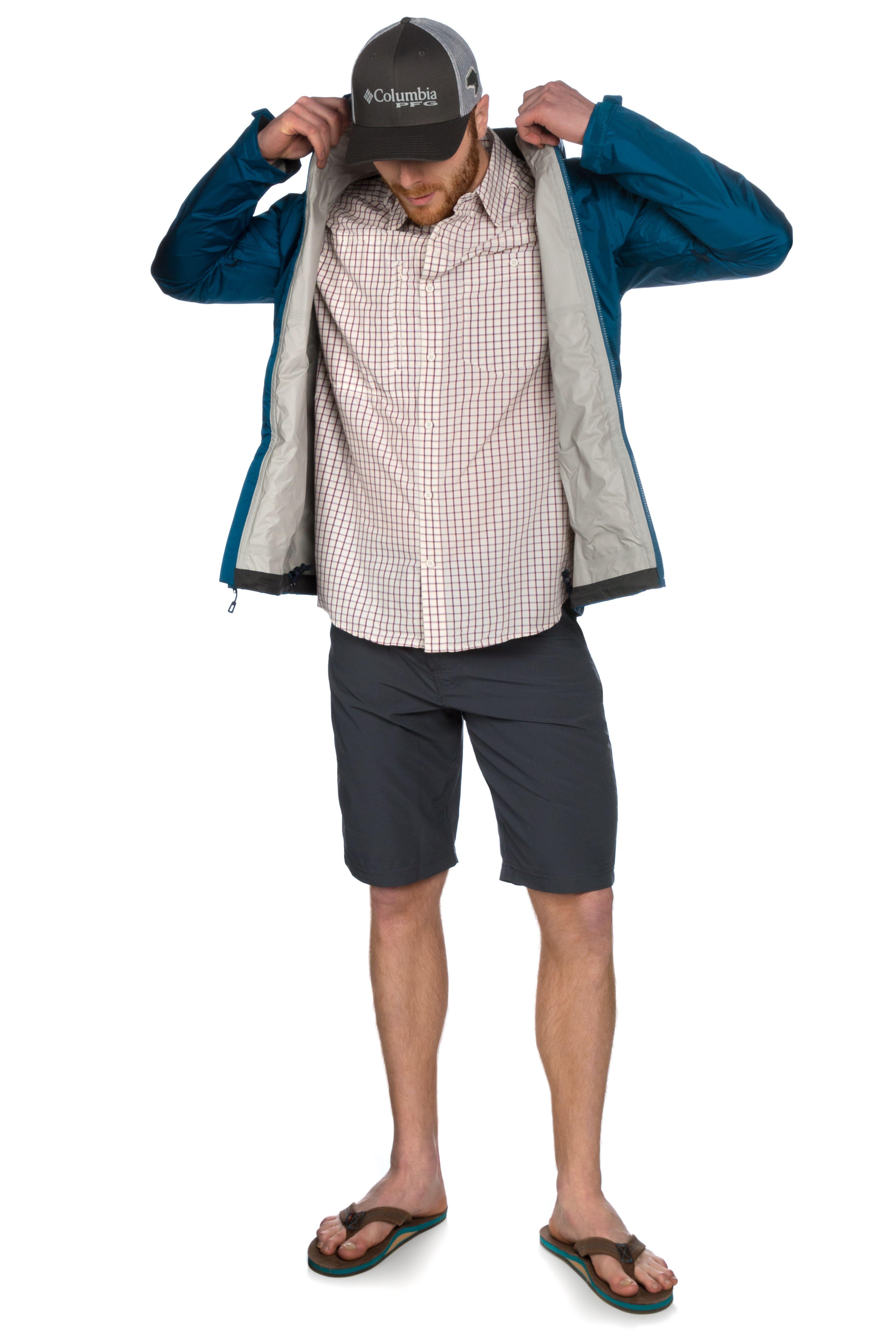 Model wearing Columbia PFG Mesh Hat, Patagonia Gallegos Mens Shirt ...