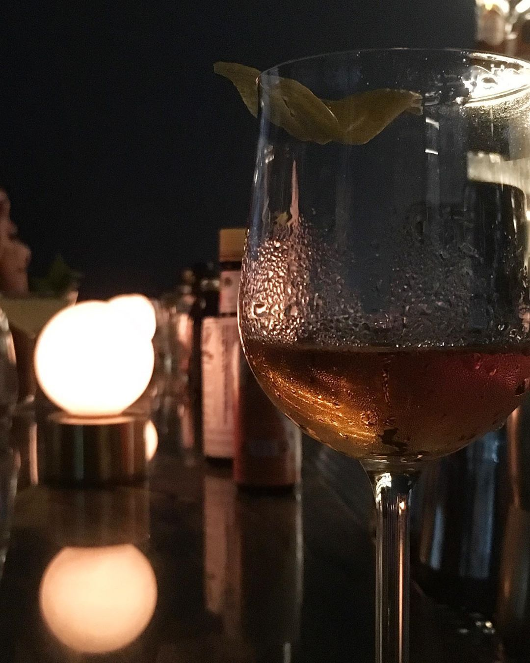 """Gourmandise on Instagram: """"Pq às vezes precisamos de um soco. #blackthorne #irish e #uptodate 🤜😶🤛 #fel #bar #sp #011"""""""