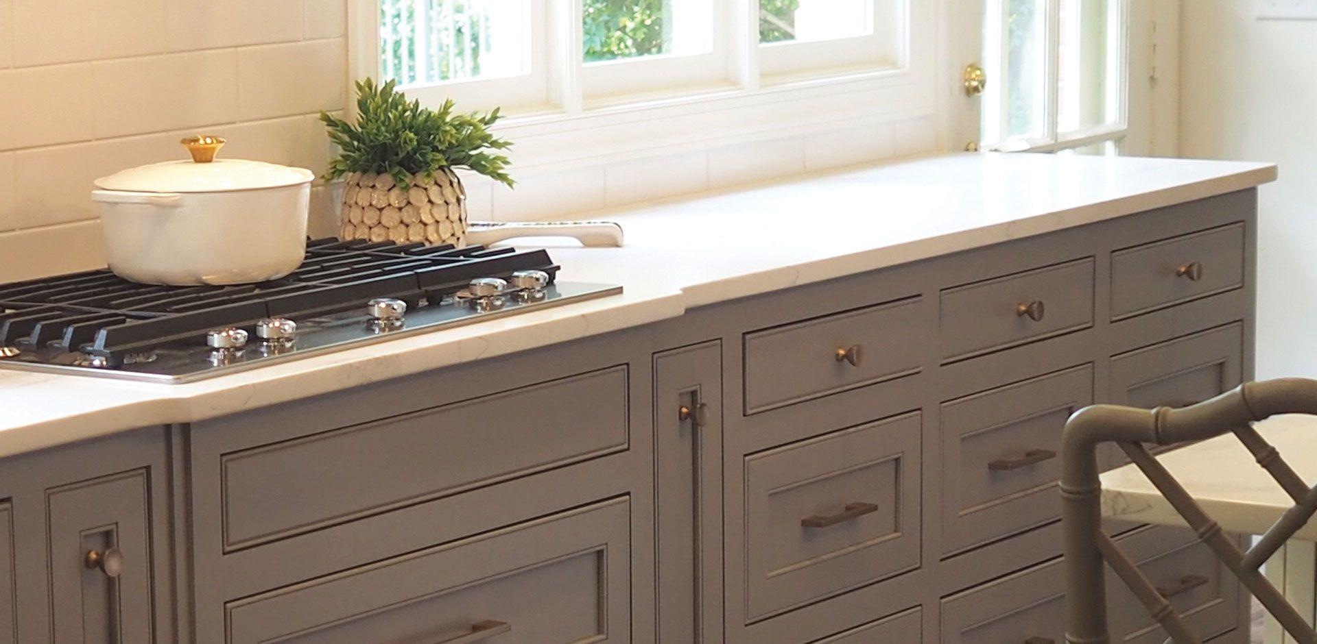 Best Calacatta Verona Quartz Countertop Transitional Kitchen 400 x 300