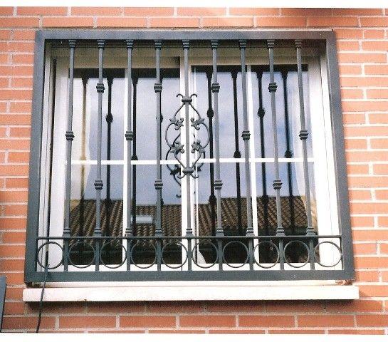 Resultado de imagen para rejas de ventanas en hierro - Rejas de hierro forjado ...