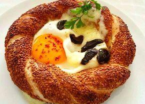 Kahvaltılık Yumurtalı Simit Tarifi