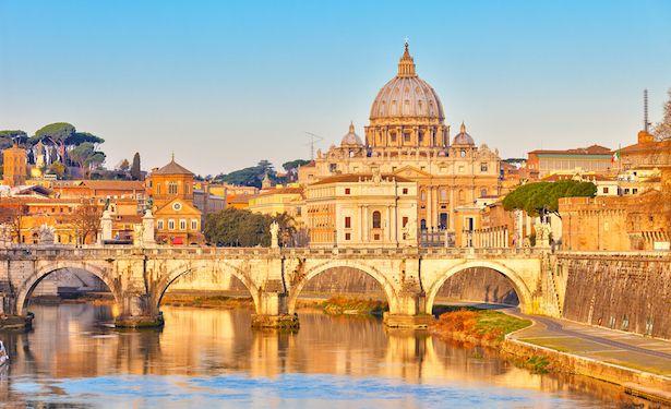 La Chiesa di San Pietro a Roma - Italia