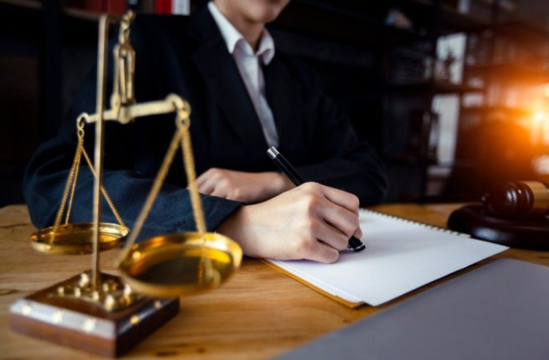 What Are Some Of The Qualities That Every Contract Lawyer In Singapore Possess In 2020 Good Lawyers Dui Attorney Lawyer