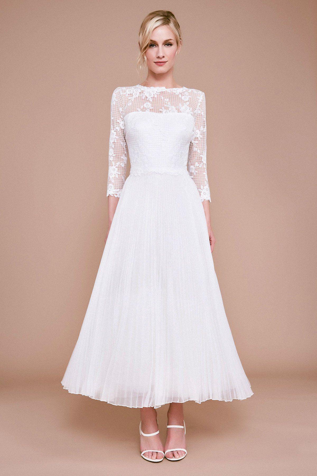 Tadashi Shoji Keats Lace Tulle Tea Length Dress In 2021 Tea Length Dresses Tea Length Wedding Dress Wedding Dress Styles Chart [ 1800 x 1200 Pixel ]