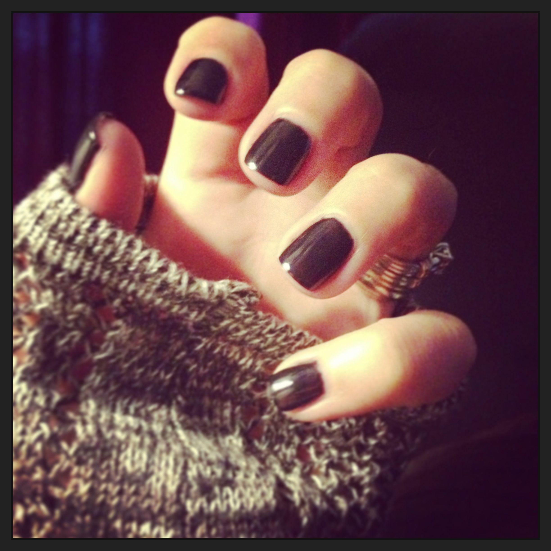Short black gel nails!
