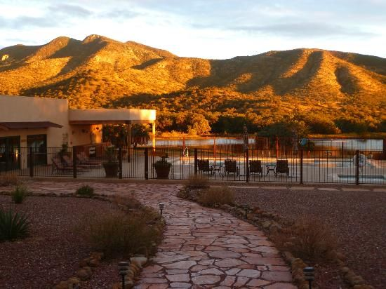 Even the swimmers have a view - Picture of Sunglow Ranch
