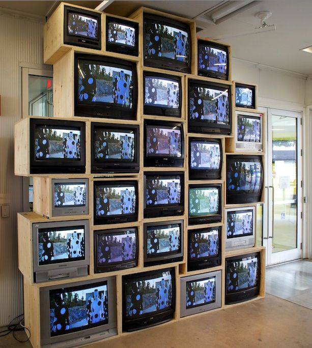 Multi Screen Tvs Art Installations Google Search Installation