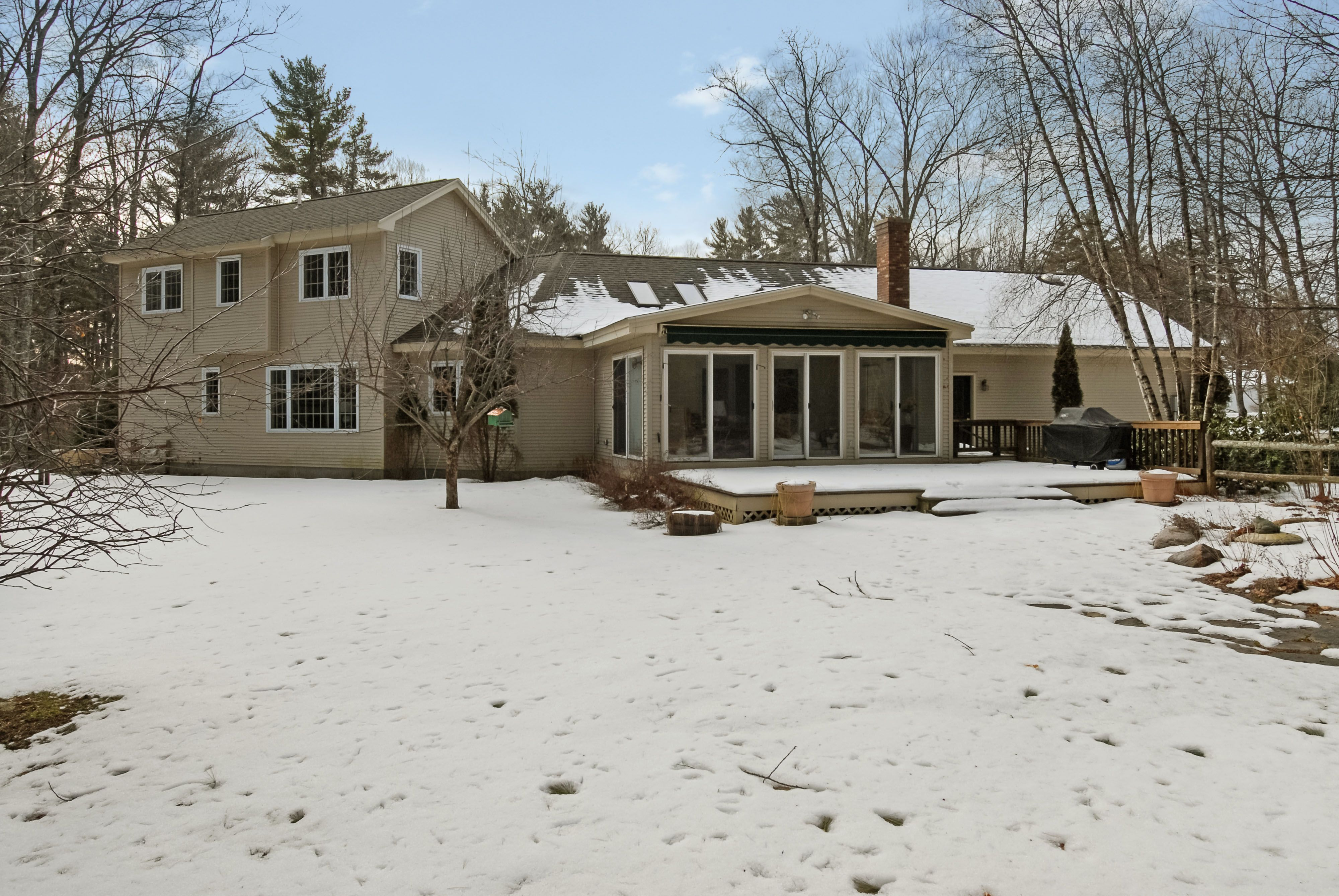 93 Spruce Road Wolfeboro Nh Real Estate Mls 4469286 Adam Dow House Air Conditioning Four Season Sunroom Large Backyard