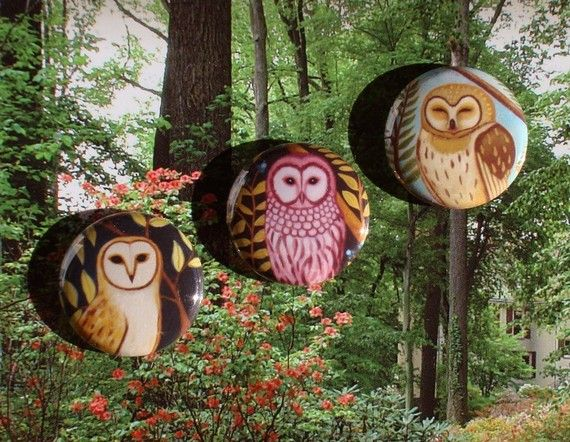 Pin back buttons - Woodland Owls