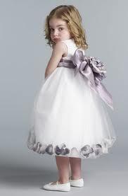 Modelos de vestidos de nina para cortejo