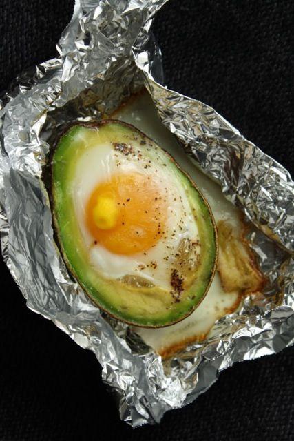 Eggvocado (Baked Egg in Avocado)