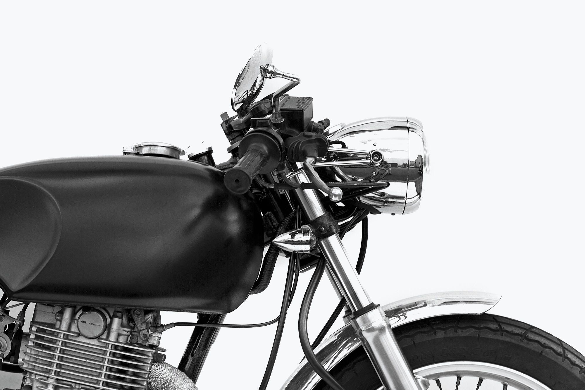 Café Beeza | Deus Ex Machina | Custom Motorcycles, Surfboards, Clothing and Accessories