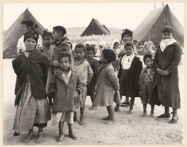 Camp FLN, Algérie, 1958, par Baguet, Georges, 1922-....