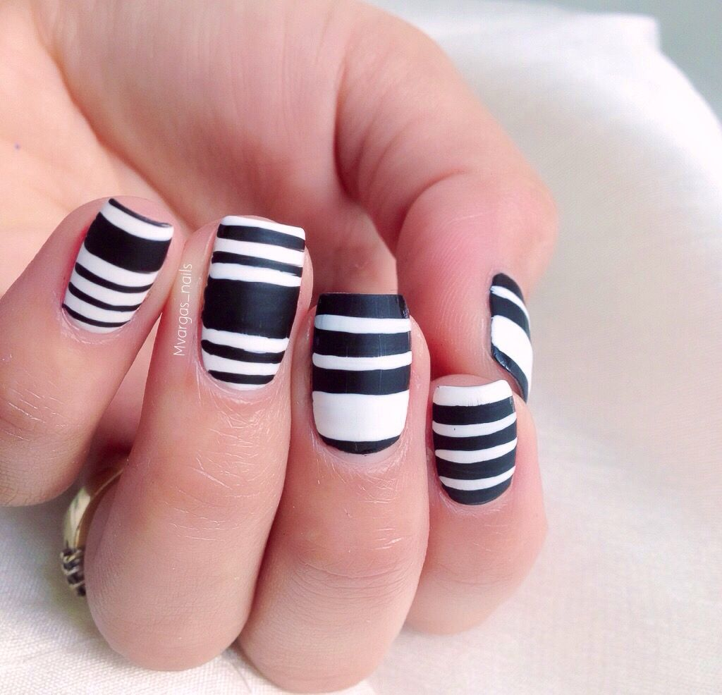 Black and white nails My nail art IG mvargasnails