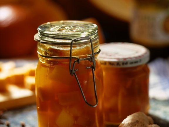 Eingelegetr Kürbis ist ein Rezept mit frischen Zutaten aus der Kategorie Blütengemüse. Probieren Sie dieses und weitere Rezepte von EAT SMARTER!