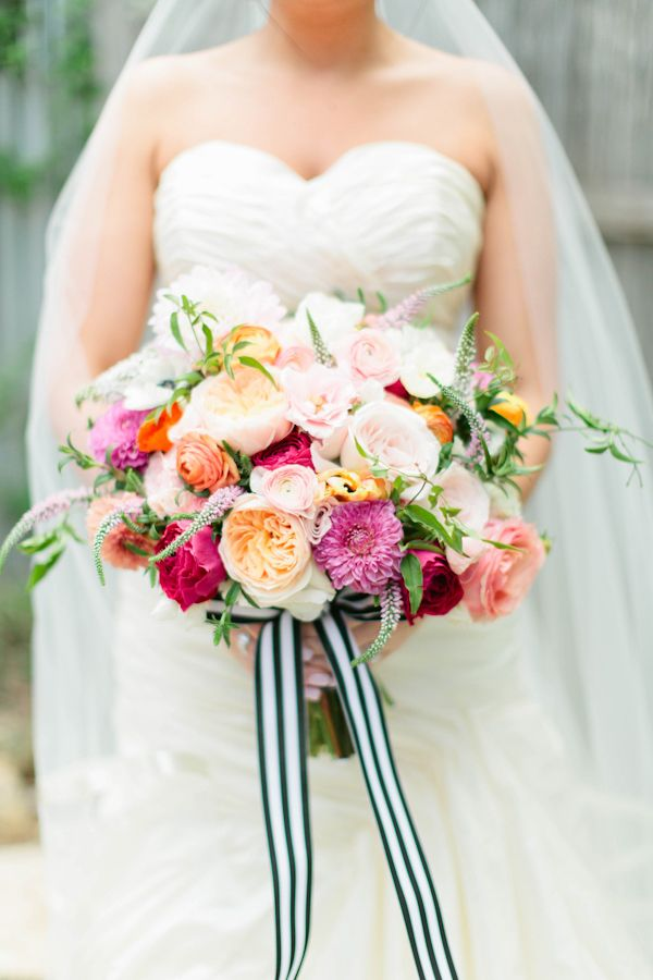 Fresh and unique spring wedding bouquet ideas for springtime brides fresh and unique spring wedding bouquet ideas for springtime brides mightylinksfo