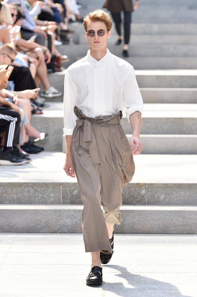 Issey Miyake Men Men's Spring 2018 is part of Clothes Mens 2018 - See all the looks from Issey Miyake Men's menswear spring 2018 collection