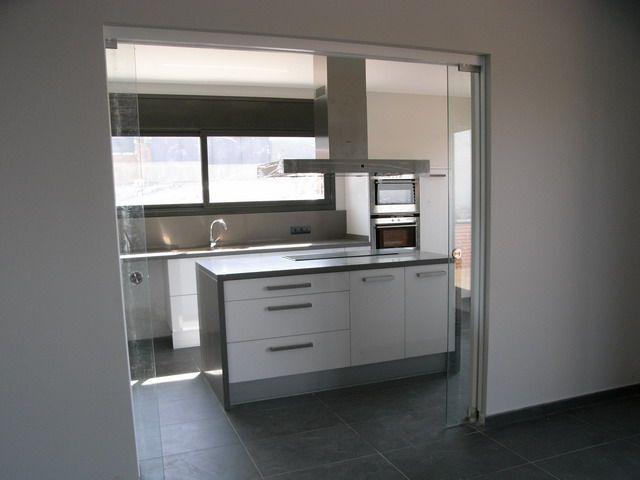 Decoracion #Moderno #Cocina #Comodas #Encimeras #Puertas #Vidrio ...