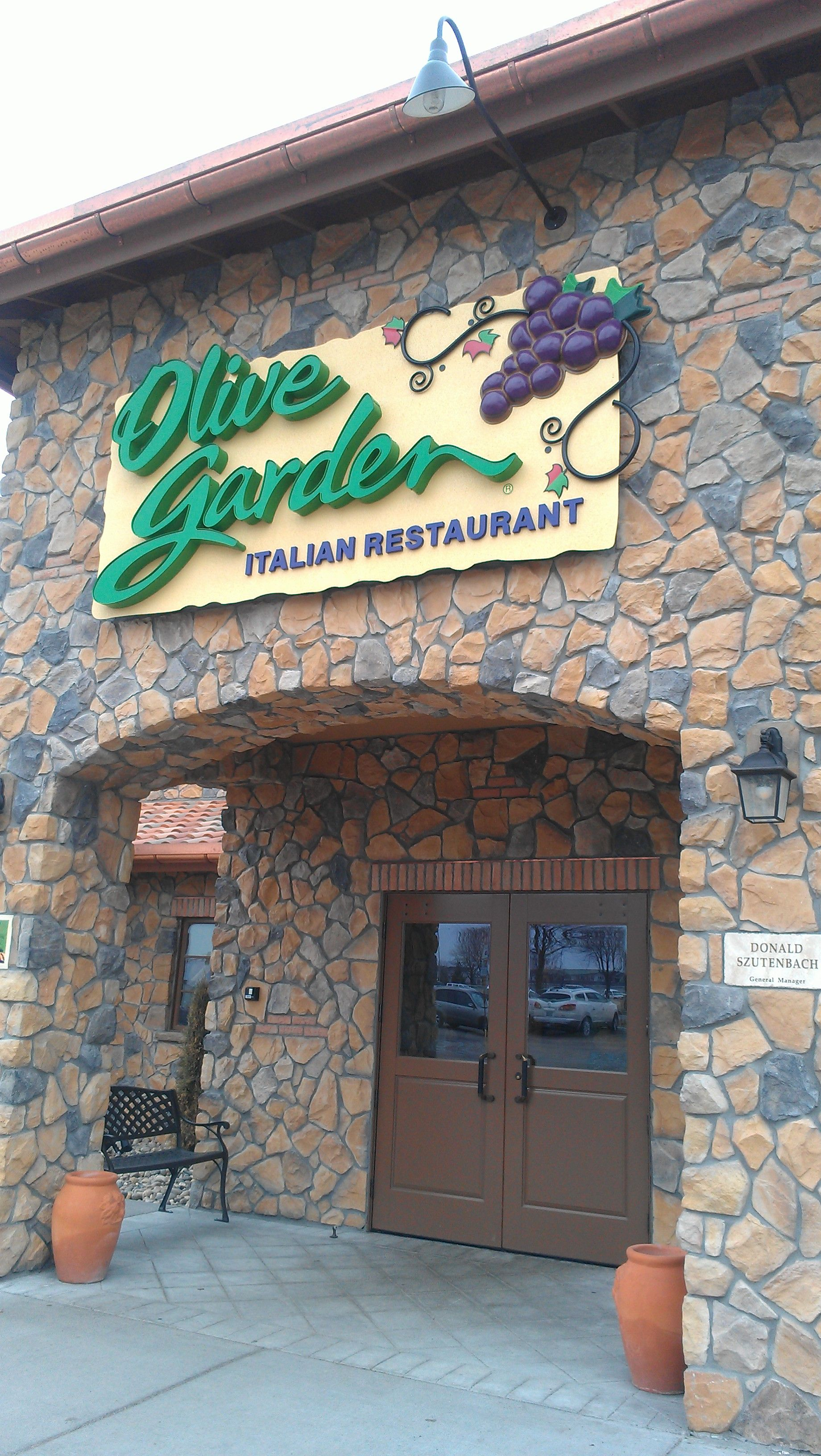 The Olive Garden, Deemed Grand Forksu0027 Most Beautiful Restaurant, Is  Conveniently Located Near The Columbia Mall, Which Has Grand Forksu0027 Most  Beautiful ...