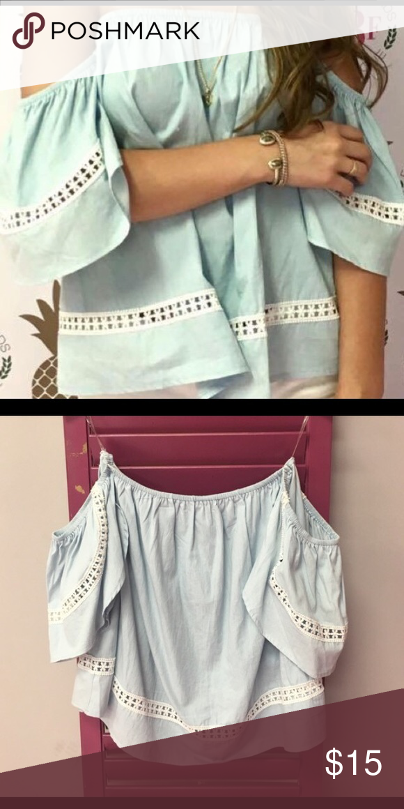 Karlie Off the shoulder top NWT super cute and great for summer! Tops Blouses