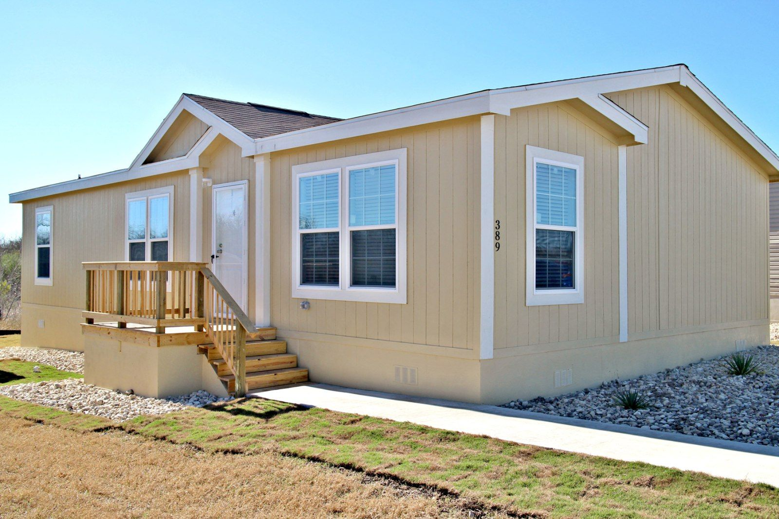 Titan Factory Direct Has A Huge Selection Of Used Mobile Homes For Sale In Texas And Oklahoma Manufactured Home Mobile Homes For Sale Single Wide Mobile Homes