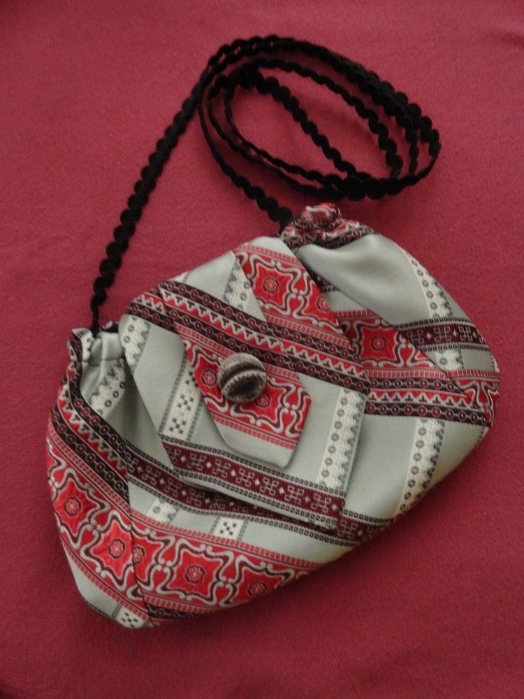 Silver and White & Reds Upcycled Lined Silk Necktie Purse Handmade ...