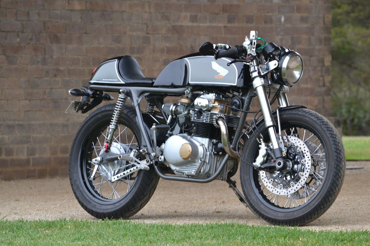 not being a metalworker, danny went for benjie's cafe racers'seat