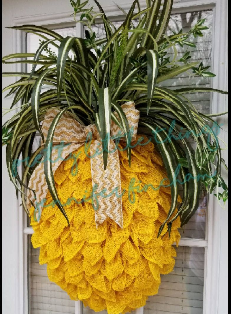 Pineapple Wreath - Wall Decor - Burlap | Greenery, Wreaths and Burlap
