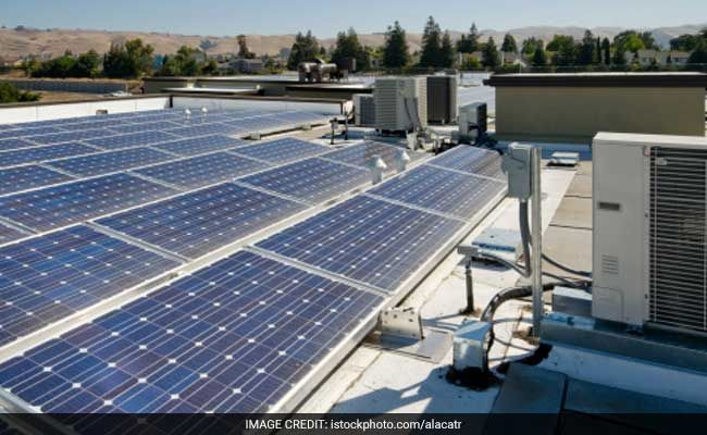 India Headed For A Green Energy Revolution Harvard Scientist Solar Panels For Home Used Solar Panels Flat Roof Systems