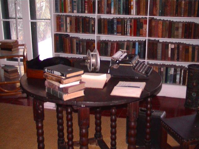 Hemingway's writing desk in Key West