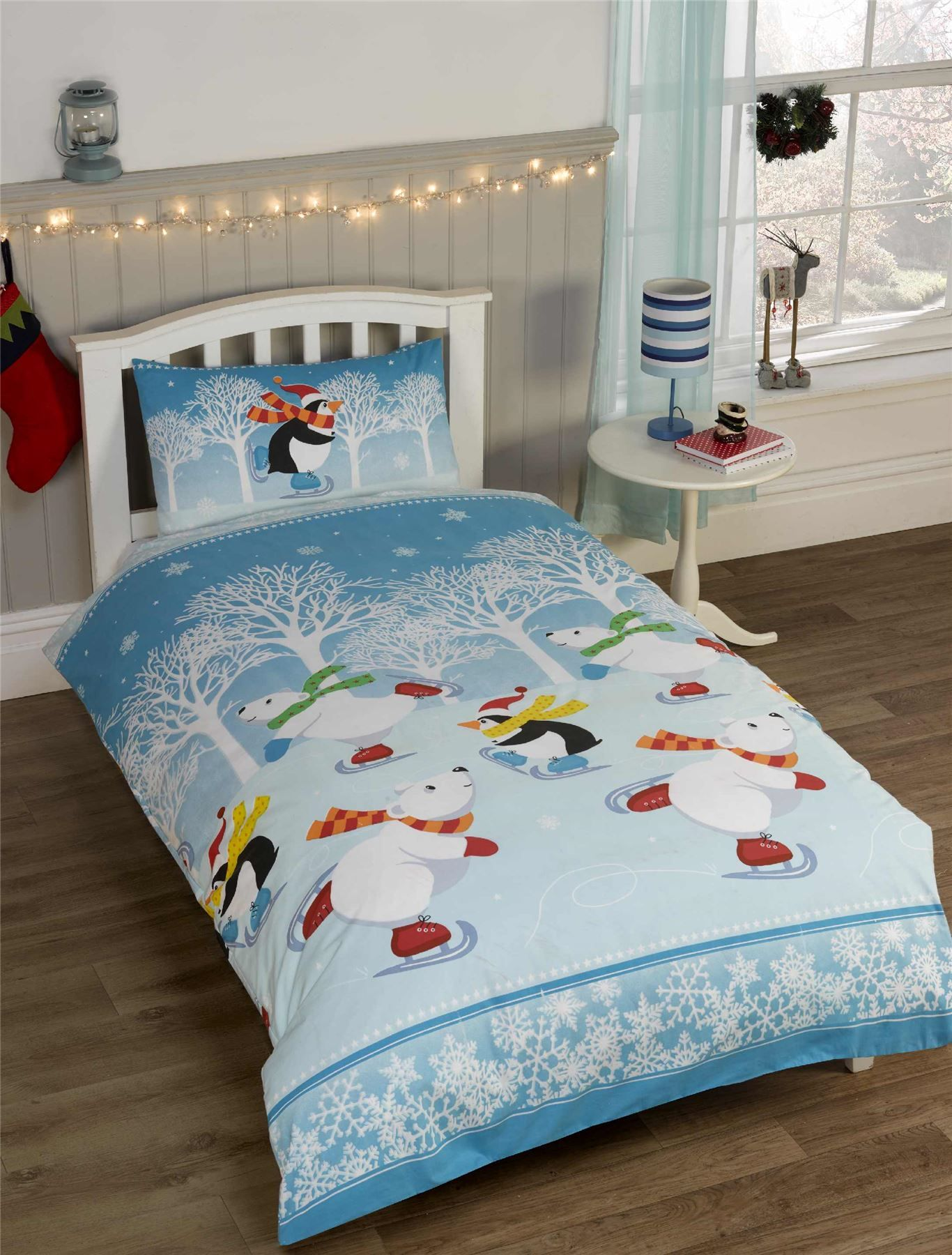 These duvet cover sets would make a great Christmas gift ...