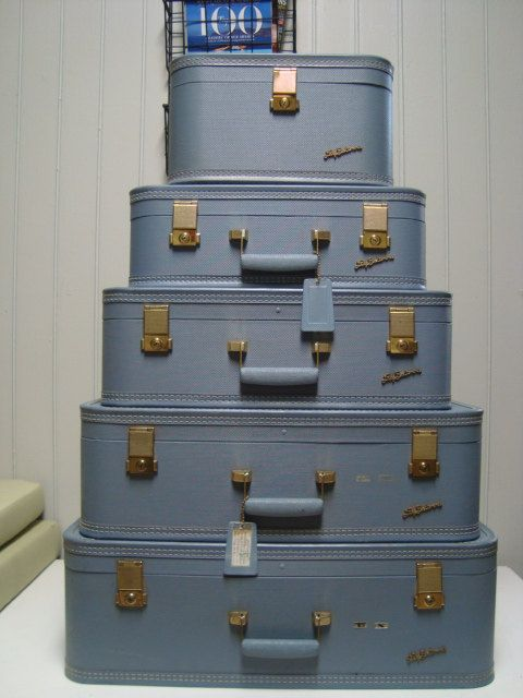 Lady Baltimore Vintage Luggage Set | Mothers, Robins and Vintage ...