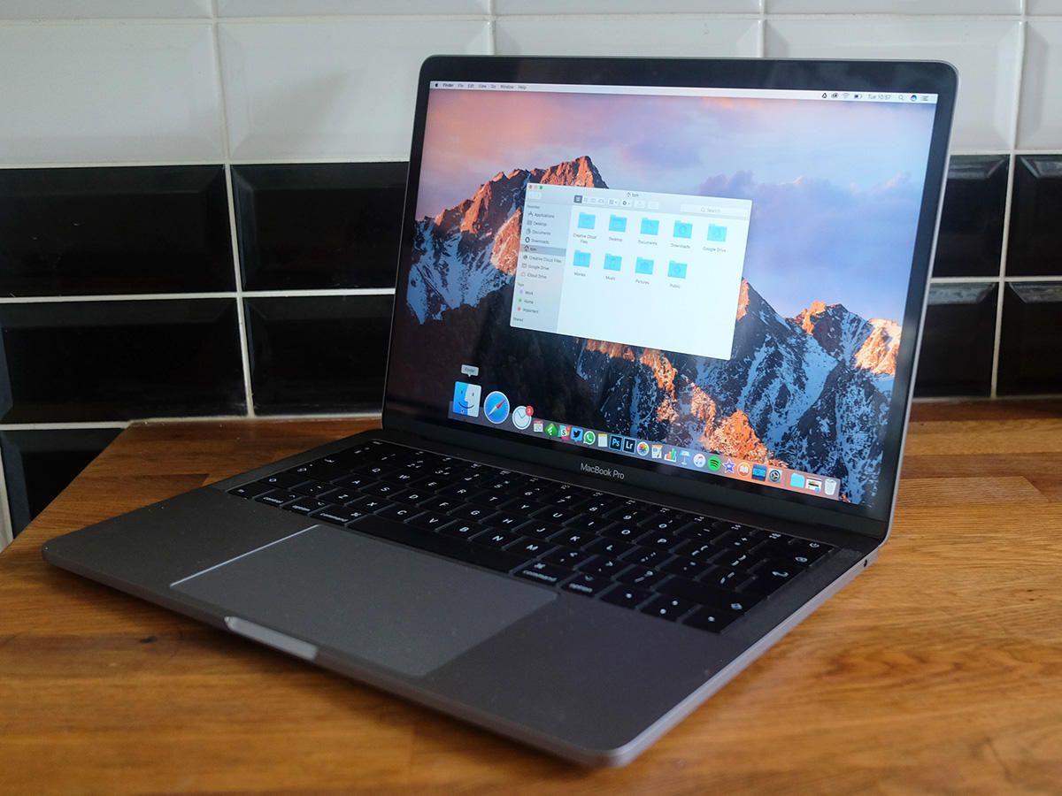 Apple Macbook Pro 2017 Review Stuff Best Laptops Laptop Macbook
