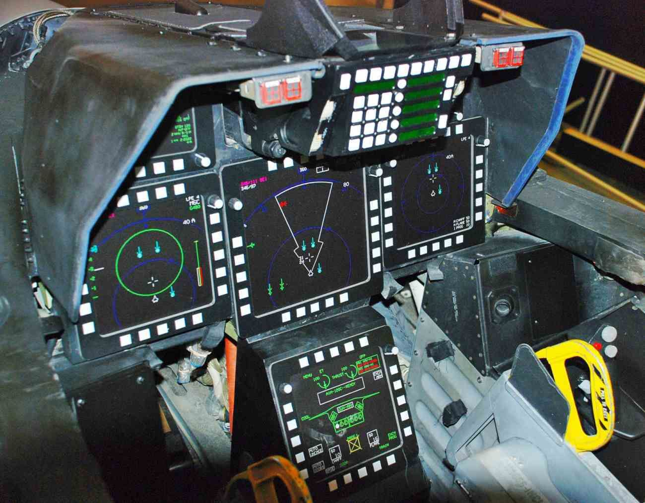 Awesome Images Of Fighter Aircraft Cockpits Fighter Jets Flight