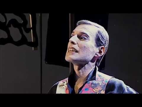 Angel ! :'( Freddie Mercury's Last Moments on Camera (1991 ...