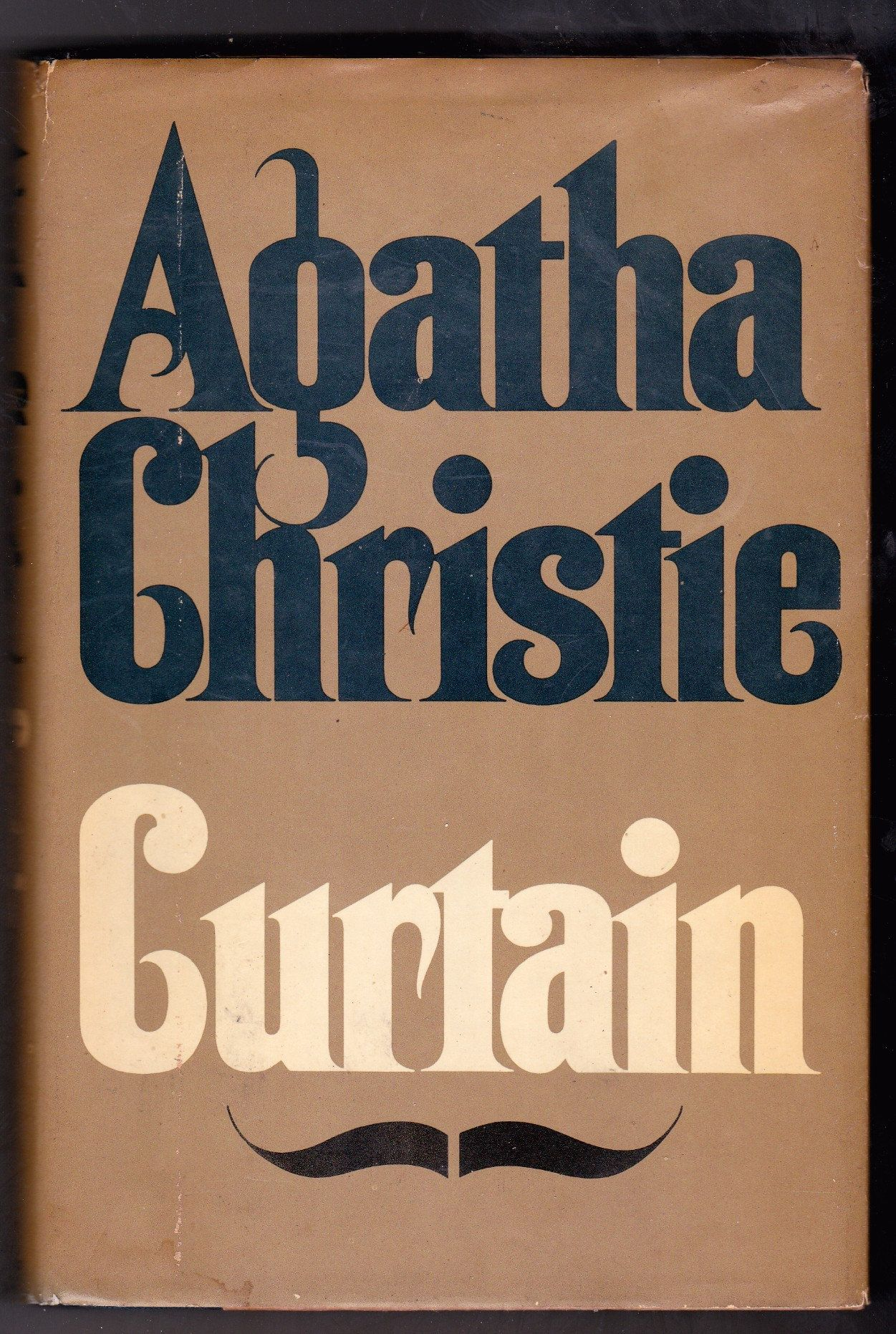 Agatha Christie Curtain Hardcover Hercule Poirot Mystery Novel 1975 By Usednyc On Etsy In 2020 Agatha Christie Agatha Christie Books Agatha