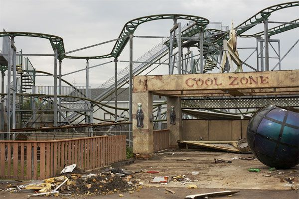 Six Flags New Orleans Death Of An Amusement Park Abandoned Theme Parks Abandoned Amusement Parks Abandoned Places