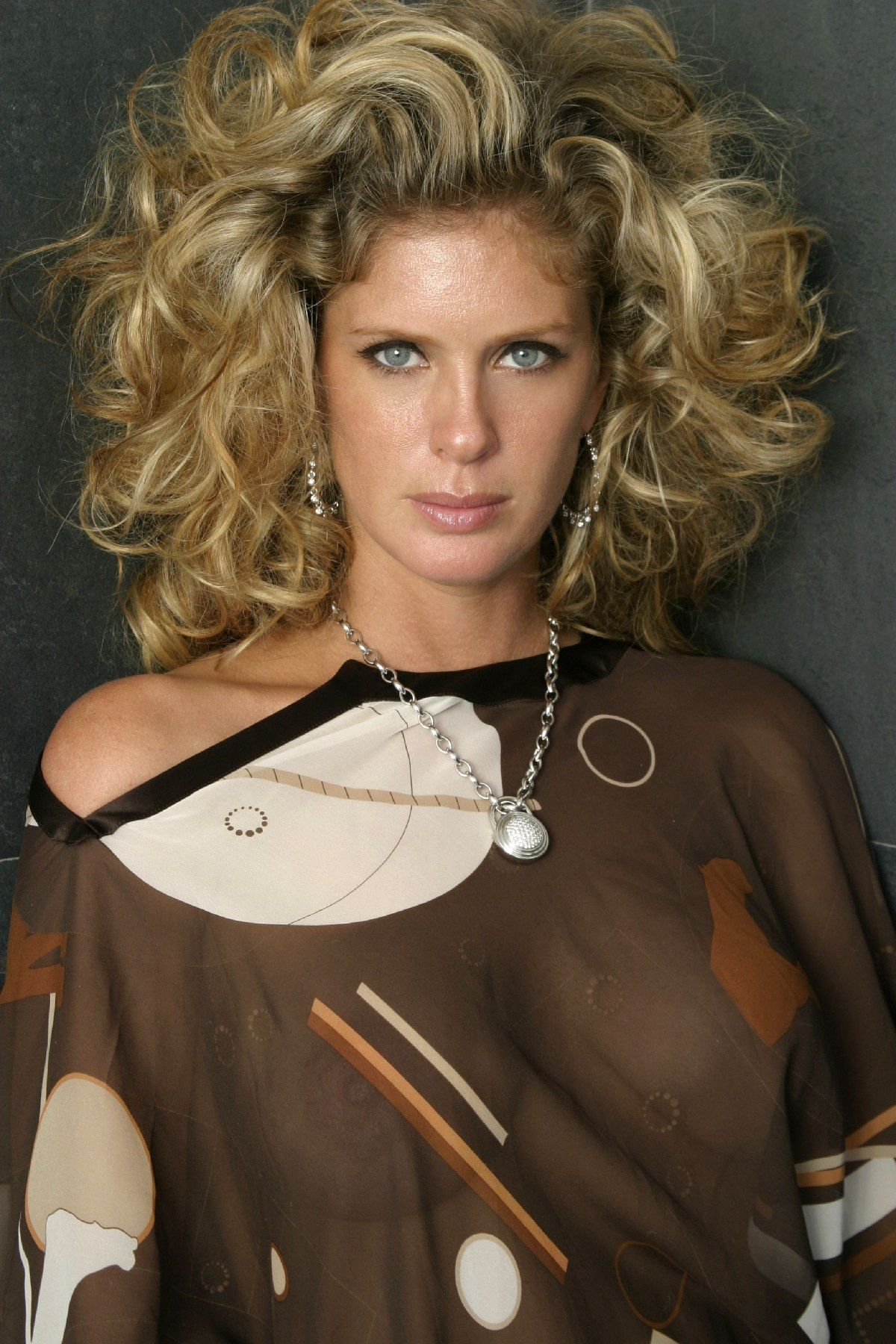 rachel hunter facebook