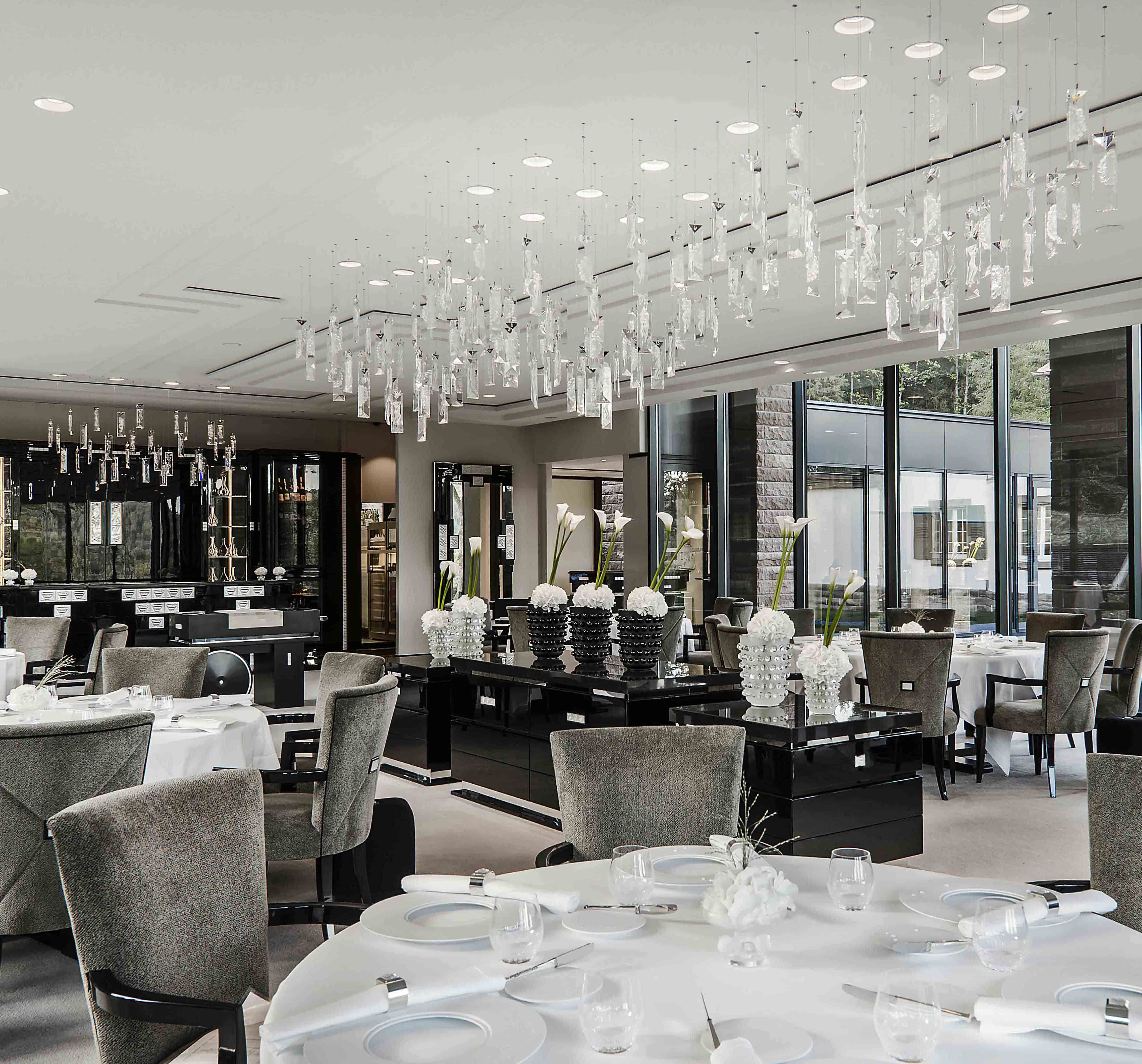 Windfall chandeliers with lalique the serene collection at villa windfall chandeliers with lalique the serene collection at villa rene arubaitofo Choice Image