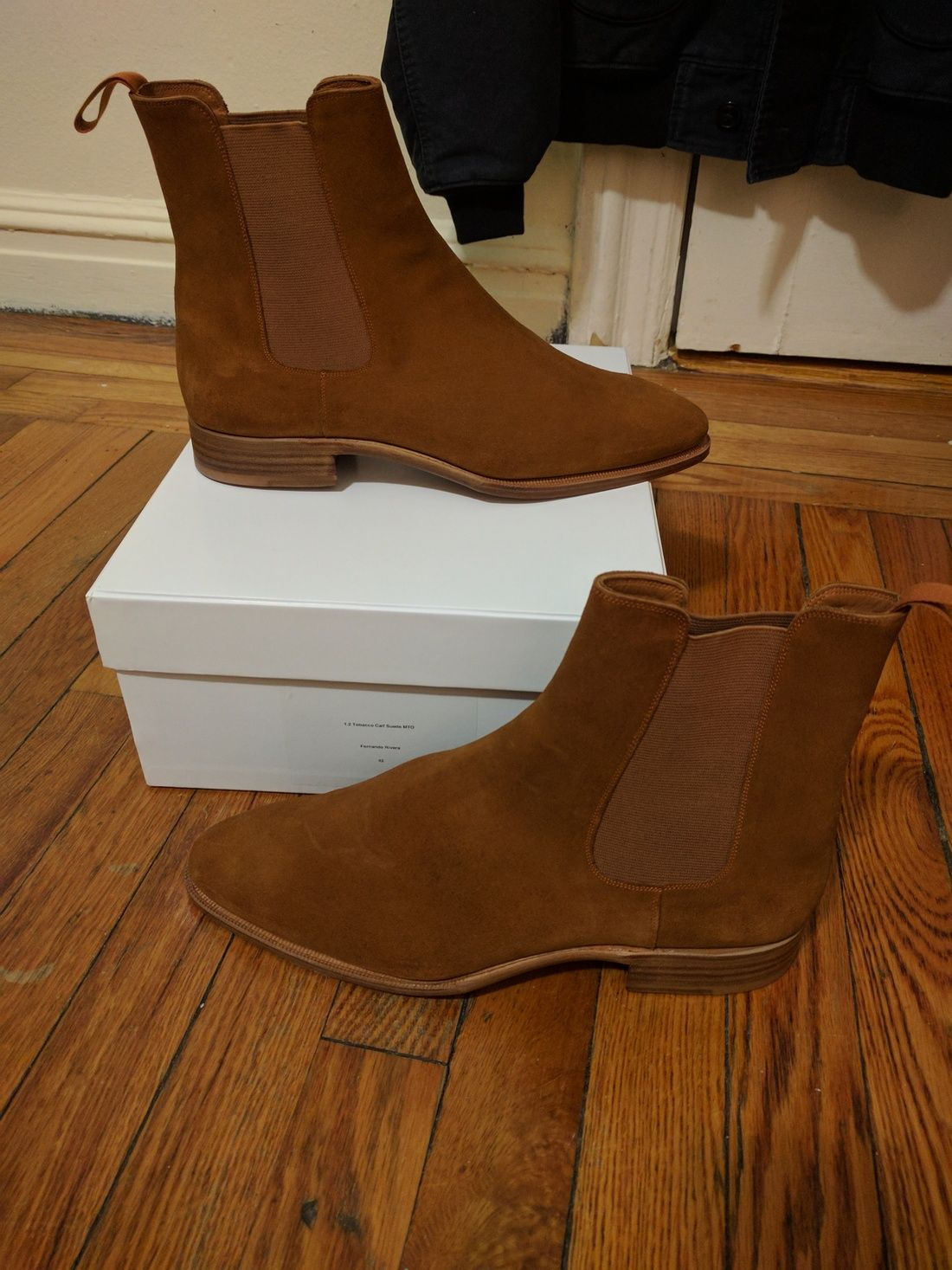 4cc73aeb603f83 Story Et Fall Tobacco Suede Chelsea Boots Size 9  250 - Grailed