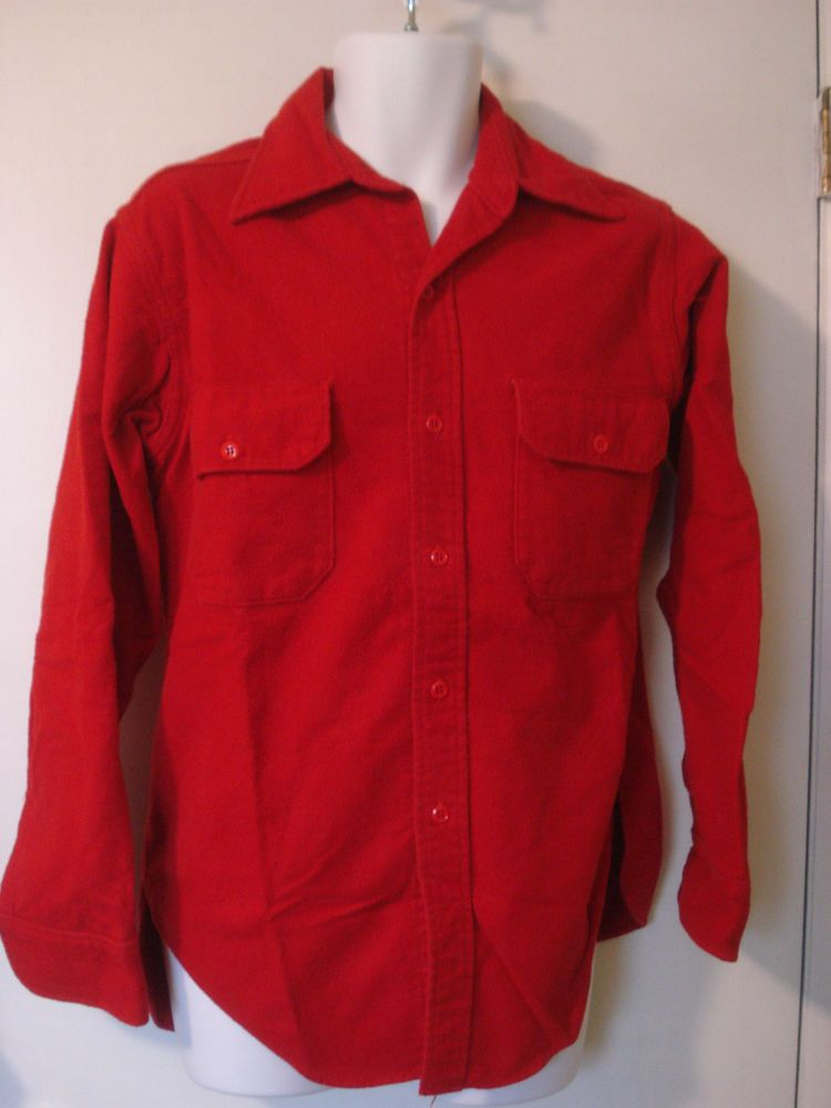 fc3681ae3eb Vintage Woolrich Red CHAMOIS Flannel Shirt USA Made 100%Cotton Men s Size  Medium  woolrich  ButtonFront
