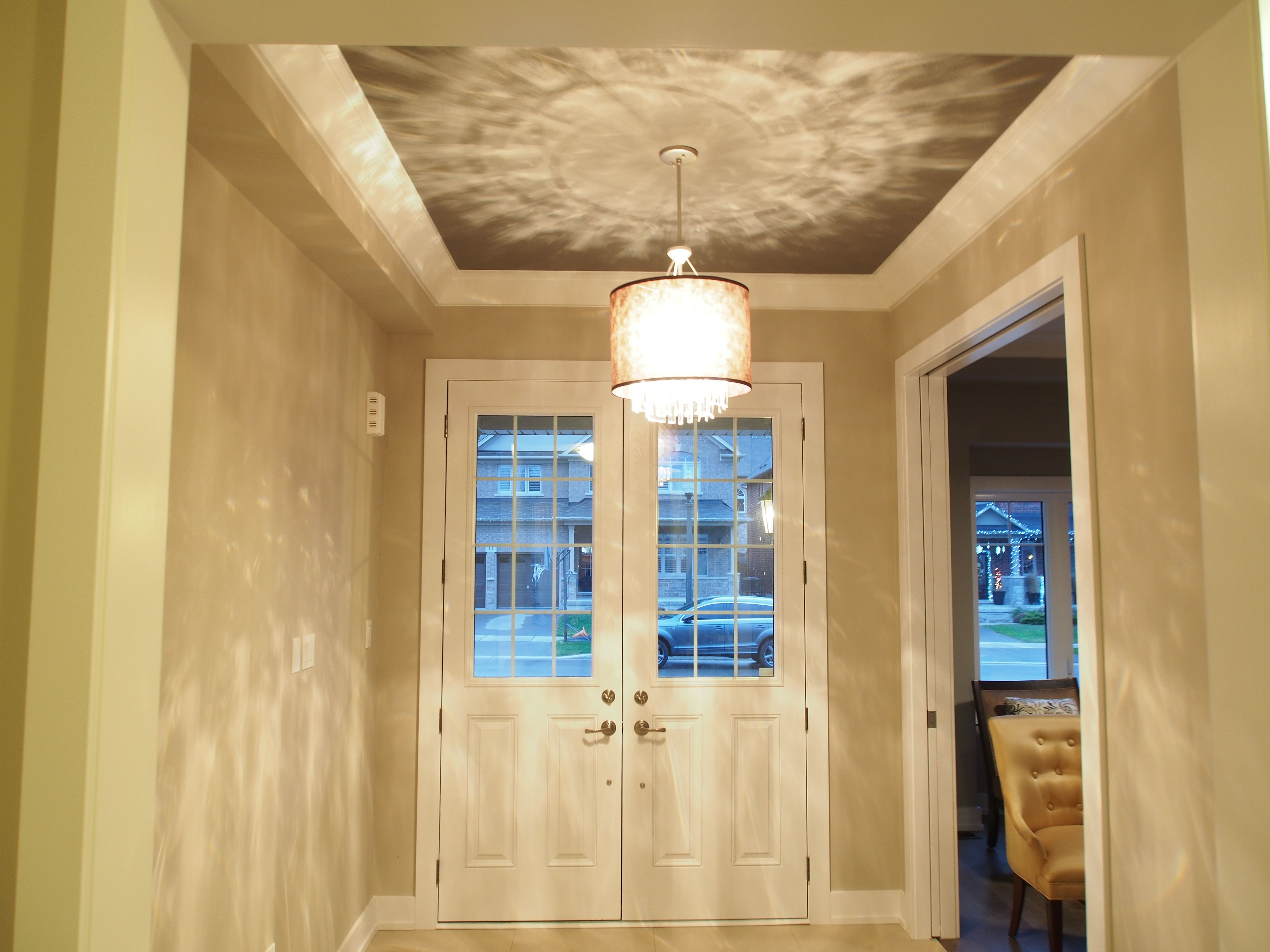 Large crown moulding and dark ceilings   Home - Style and Ideas ...