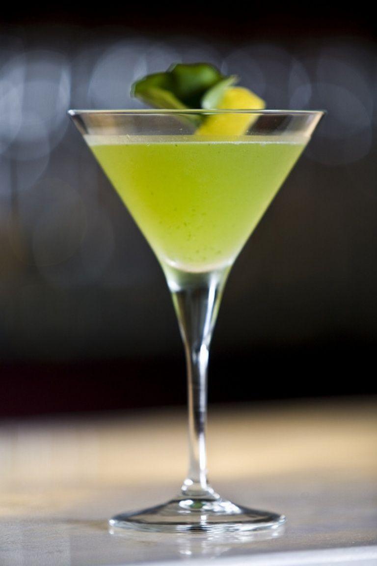 9d2e76e78 Japanese Slipper Cocktail