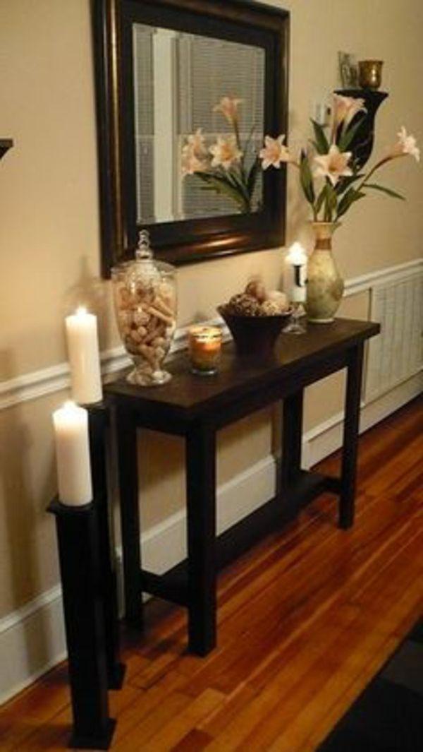 Weiße Blumen Und Okra Wandgestaltung Mit Kerzen   Schöne Flur Einrichtung    Alles über Die Flurgestaltung