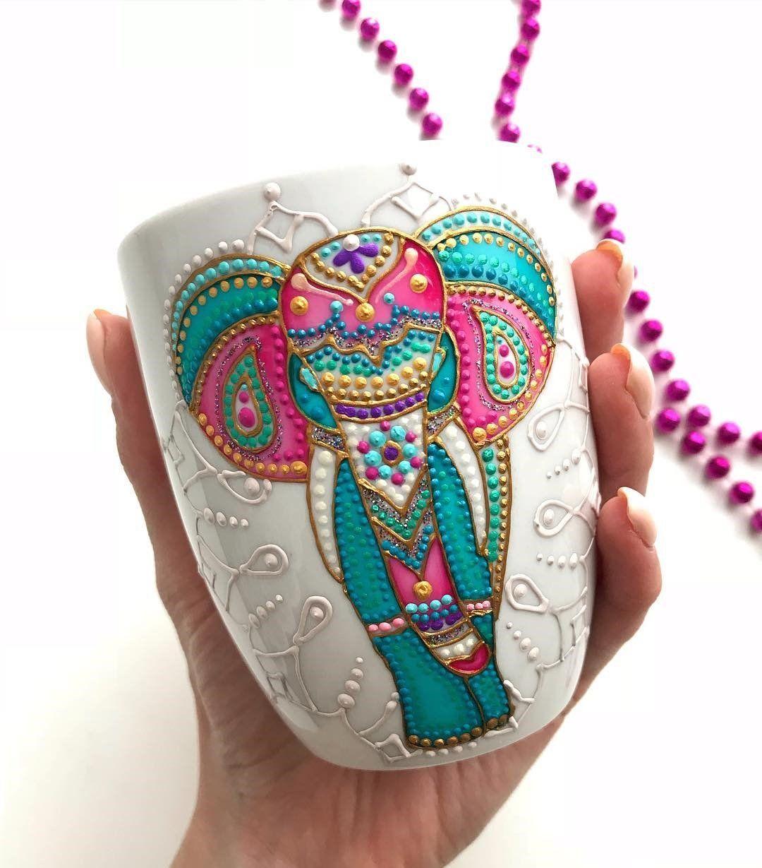 Handpainted Elephant Mug #tazasceramica