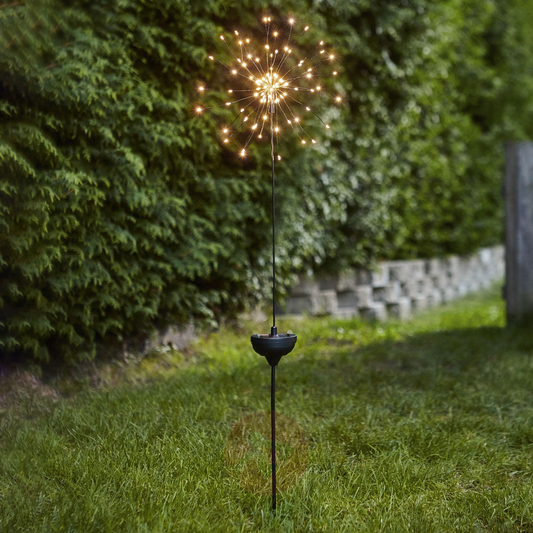 Led Solarleuchte Firework Mit Erdspiess Led Solarleuchte Solarleuchten Solar Lichterkette