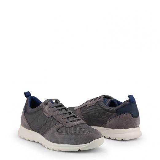Pin on Men's Sneakers GWAac
