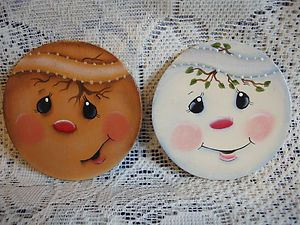 Pictures Of Snowmen Hand Painted Faces Of 2 Handpainted Wooden Gingerbread And Snowman Christmas Paintings Painted Ornaments Christmas Crafts Decorations
