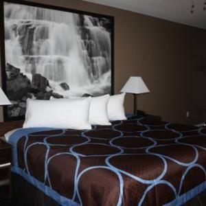Super 8 Merritt BC: 3561 VOGHT STREET,MERRITT,BC,V1K 1C5 #Hotels #CheapHotels #CheapHotel